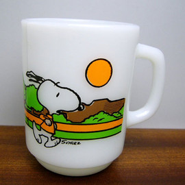 Fire King - Snoopy Jogging mug cup
