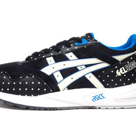 "asics - GEL SAGA ""GLOW IN THE DARK"" ""LIMITED EDITION"""