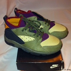 NIKE - AIR MOWABB II - GREEN