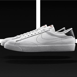 Nike - NIKE COURT TENNIS CLASSIC BY FRAGMENT (Black)