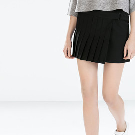 ZARA - STUDIO PLEATED MINI SKIRT