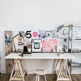 inspiring workspace (via Valentina / Pinterest)