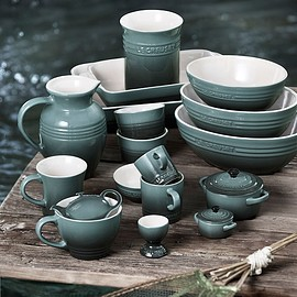 LE CREUSET - Green Dishware from Le Creuset
