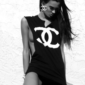 CHANEL - cool.