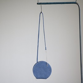 Maria Jobse - Circle Clutch Small #shy blue/cow suede