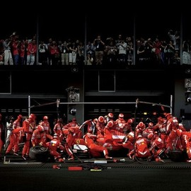 Ferrari - Scuderia Ferrari, The team-work !