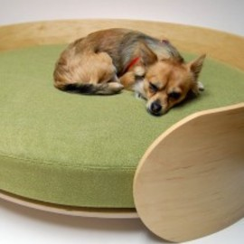 不明 - Ellipse Dog Bed