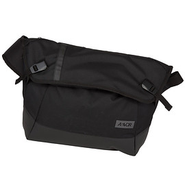 AEVOR - MESSENGER BAG