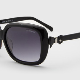 CHANEL - bow sunglasses