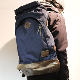 Altadena Works - 808 Knapsack Navy Oak