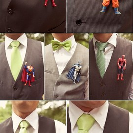 Superhero boutonnieres - cute, but not that I would ever want to do it.
