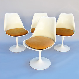Eero Saarinen Tulipe chairs - Eero Saarinen