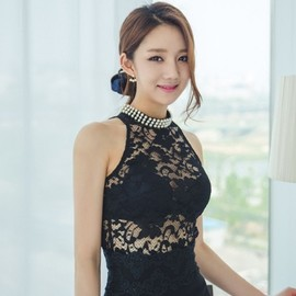 LUXE ASIAN - Luxe Asian Women Design Korean Model Fashion Style Lace Pearl Black Top
