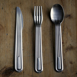 Tomás Alonso for Italesse - Stamp Cutlery