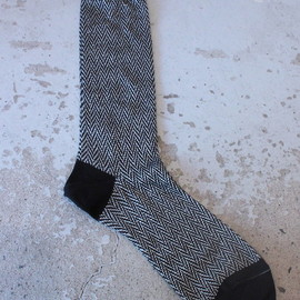 TAKAHIROMIYASHITA The SoloIst. - middle length herringbone socks.