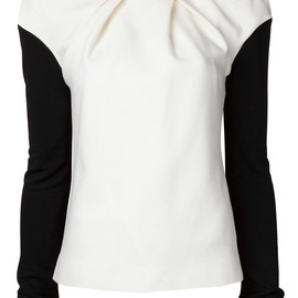 VIKTOR & ROLF - exaggerated sleeve top