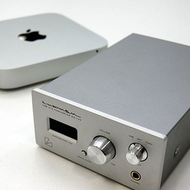 Apple + LUXMAN - Apple Mac Mini with LUXMAN DA-100