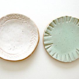 little bits Stoneware Mini Plates sea glass