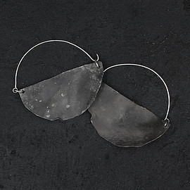 Sofia Lorena Perelson - Arma Earrings
