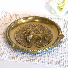 "kino - Made in USA 1960s Gold Ashtray ""Unicorn"""