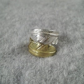 goro's - W Feather Ring