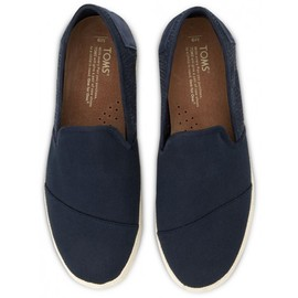 Toms - Freetown Sabados