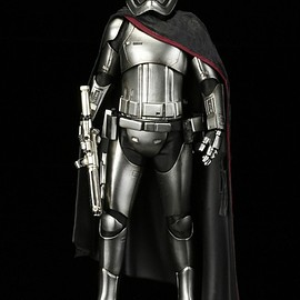 KOTOBUKIYA - STAR WARS ARTFX+ CAPTAIN PHASMA