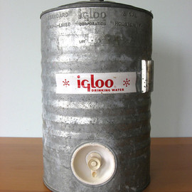 igloo - Vintage Igloo Galvanized Water Cooler