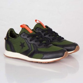 CONVERSE - UNDEFEATED × CONVERSE AUCKLAND RACER BLACK/RIFLE GREEN-ORANGE