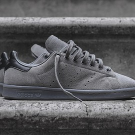 adidas - stan smith charcoal suede