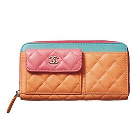 CHANEL - Long Zipped Wallet