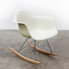 Herman Miller - Eames RAR rocking chair