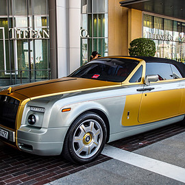 Rolls-Royce - Phantom Drophead Coupé