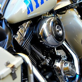 Harley-Davidson - NYPD rides the BEST !!
