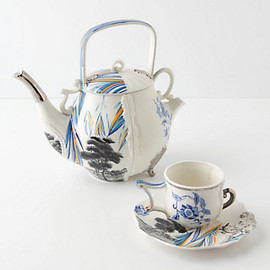 Anthropologie - Fusion Teapot