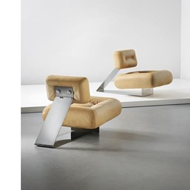 "Oscar Niemeyer - ""Aran"" lounge chairs, ca 1975"