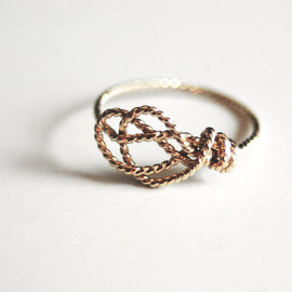 Delicate Sailor's Love Knot ring. Handknotted. Handformed. Gold