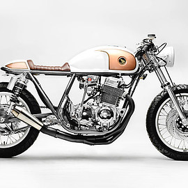 "Steel Bent Customs - ""Goldenrod"" Honda CB750"