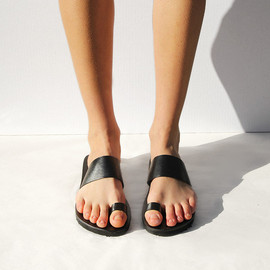 Maryam Nassir Zadeh - Mexican Sandals Black w/ Toe Loop