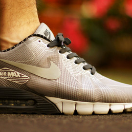 Nike - Air Max 90 Current Flywire