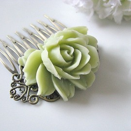 Luulla - Nile Green Rose Flower Antique Brass Art Nouveau Filigree Hair Comb