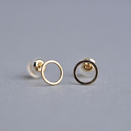 source object - Round Post Earrings (Melissa Joy Manning)