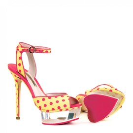 SOPHIA WEBSTER - LULA HEART SANDAL WITH PLEXI HEART PLATFORM