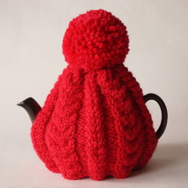 british grandma's hand knitted tea cosy red yarn / england new