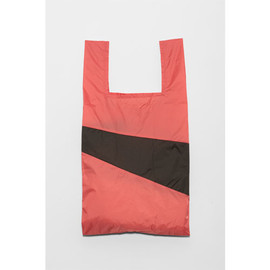 SUSAN BIJL - the new shopping bag / BURGUNDYPINK×BLACK
