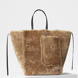 celine - Large Cabas Phantom in Shearling - セリーヌについて