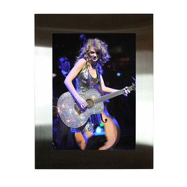 Taylor Swift, Rock Paper Photo, BALOON - TAYLOR SWIFT by KEVIN MAZUR