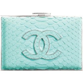 CHANEL - Mint Chanel