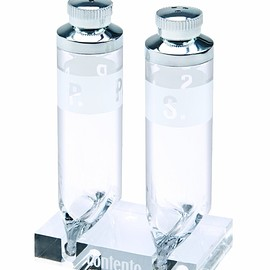 Contento - Salt and Pepper Shakers 8 cm Tube Shape with Acrylic Stand