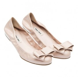 miu miu - Patent leather elasticized ballerina flat pale pink